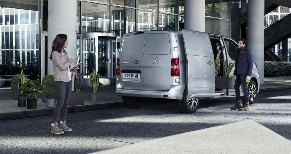 Il furgone utilitario concepito per rispondere a tutte le tue esigenze professionali.