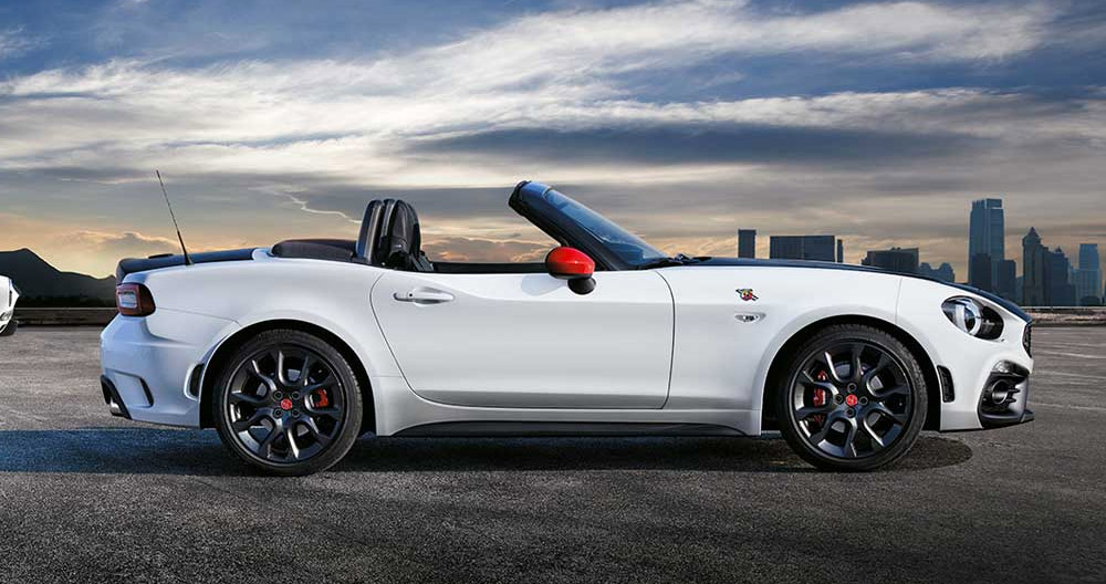 scopri abarth 124 spider turismo negli showroom di ceriani. Black Bedroom Furniture Sets. Home Design Ideas